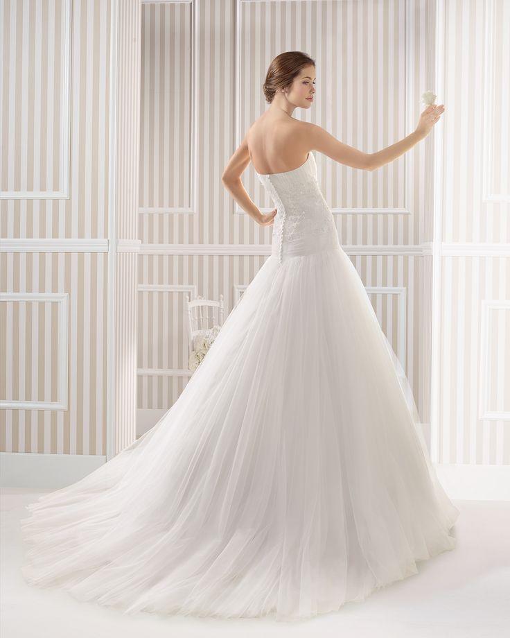 7S116 ELECTRA | Wedding Dresses | 2015 Collection | Luna Novias (back)