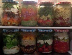 Salad in a Jar Salat im Glas - Foodhack Super gut vorzubereiten, verschiedene Rezepte