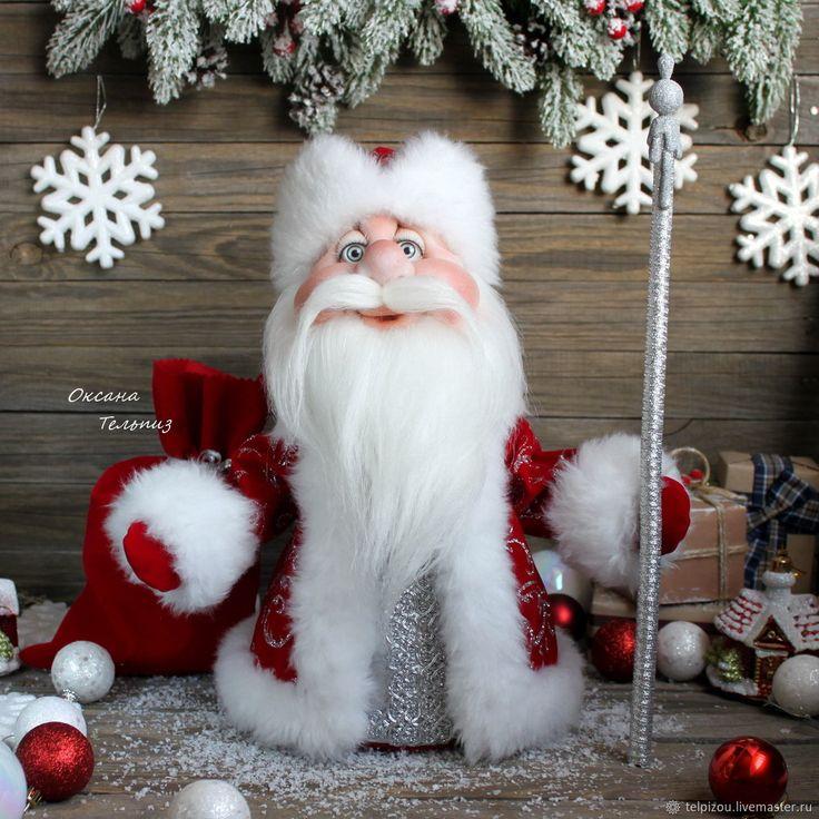 Купить или заказать Дед Мороз - интерьерная, новогодняя кукла в интернет магазине на Ярмарке Мастеров. С доставкой по России и СНГ. Срок изготовления: от 2-3 недель, зависит от…. Материалы: капрон, синтепон, бархат. Размер: 34 см