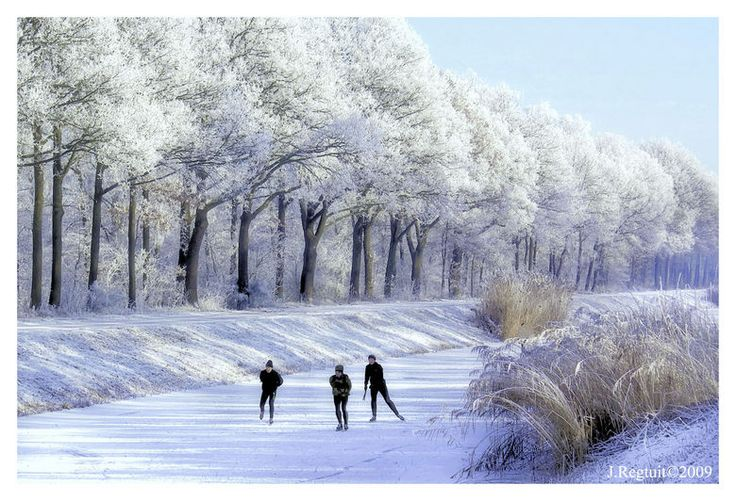 We houden van schaatsen. In de buitenlucht Op de Jaap Eden IJsbaan of op natuurijs.