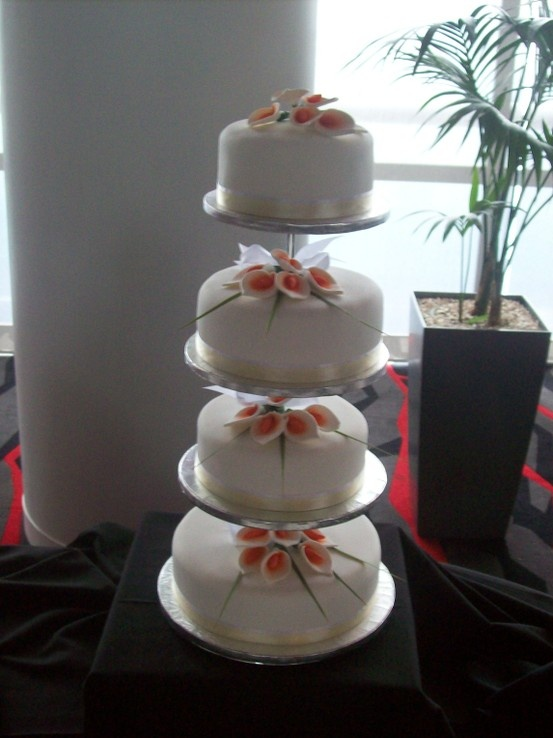 4 Tier Floating Cake Stand