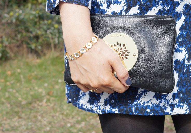 """Details for my outfit wearing Only dress with blue print from the Danish Brand """"Only"""" and my small pretty Mulberry Purse or clutch. and my old fashion Georg Jensen bracelet - love gold and pretty details"""