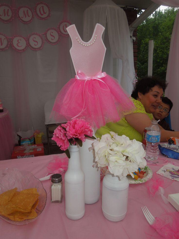 ballerina centerpiece my girls 39 birthday parties. Black Bedroom Furniture Sets. Home Design Ideas