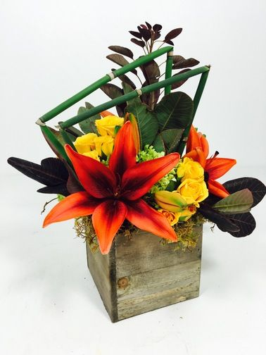 This rustic #centerpiece brings out the best of fall.