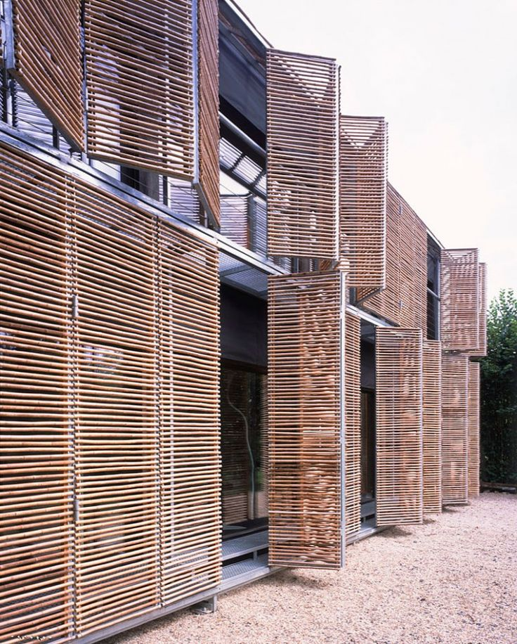 Bamboo exterior of  Passive House by Karawitz Architecture