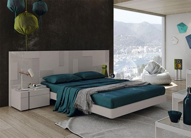 Garcia Sabate Pixel Contemporary Bed in High Gloss & Matt Cuedra Opt Bedside Cabinets