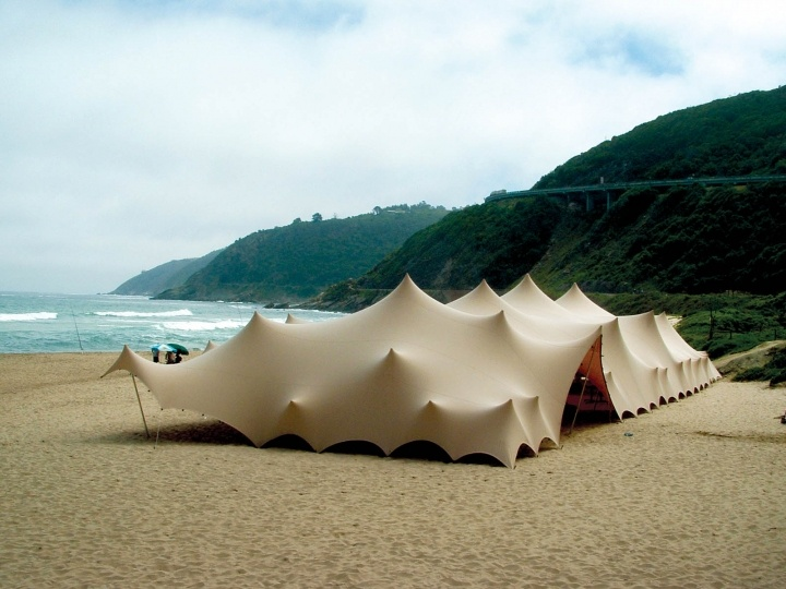 Free-form tents. Photo: Stretchtents Intl.