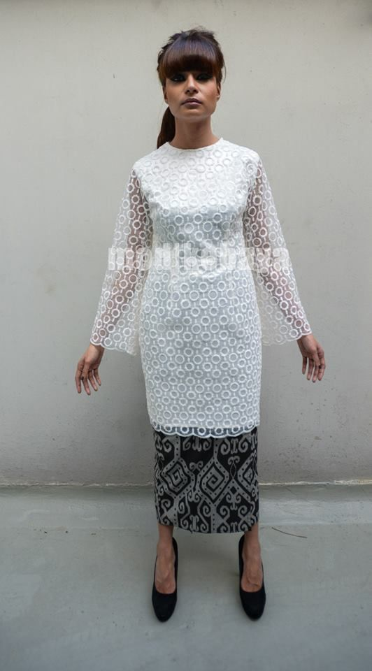 organdy lace top :: mod|kebaya