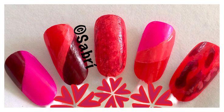 My new #naildesigns: #geometric #texture #monochromatic #red #nailart featuring @lacolorscosmetics #lacolors #colorcraze. #Nails #Uñas #Unghie #Ongles  #Unhas #Nailpolish #Esmalte #Smalto #Émail. #Beauty #Belleza #Bellezza #Beauté #Beleza #Cosmetics #Cosméticos #Cosmetici #fabat40.