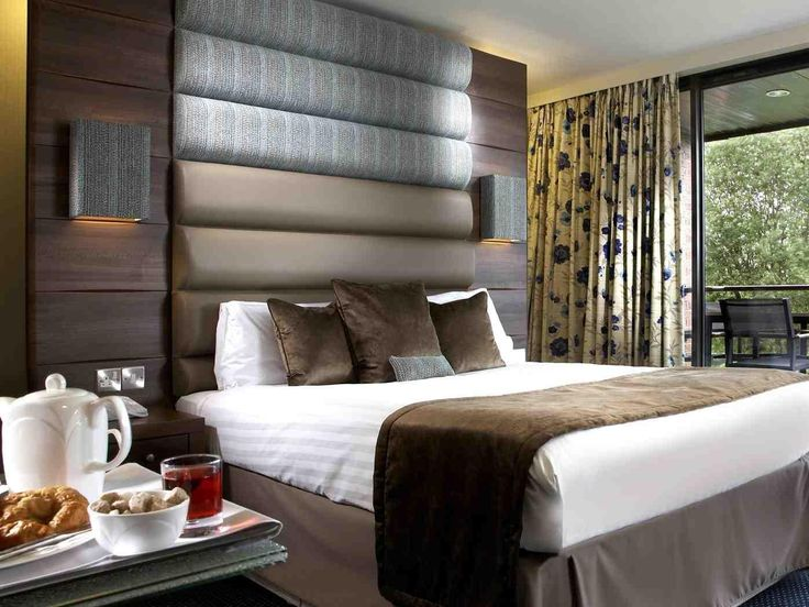 Redditch The Abbey Hotel Golf And Country Club United Kingdom, Europe The Abbey Hotel Golf And Country Club is perfectly located for both business and leisure guests in Redditch. The hotel offers a wide range of amenities and perks to ensure you have a great time. Service-minded staff will welcome and guide you at the The Abbey Hotel Golf And Country Club. Comfortable guestrooms ensure a good night's sleep with some rooms featuring facilities such as television LCD/plasma scre...