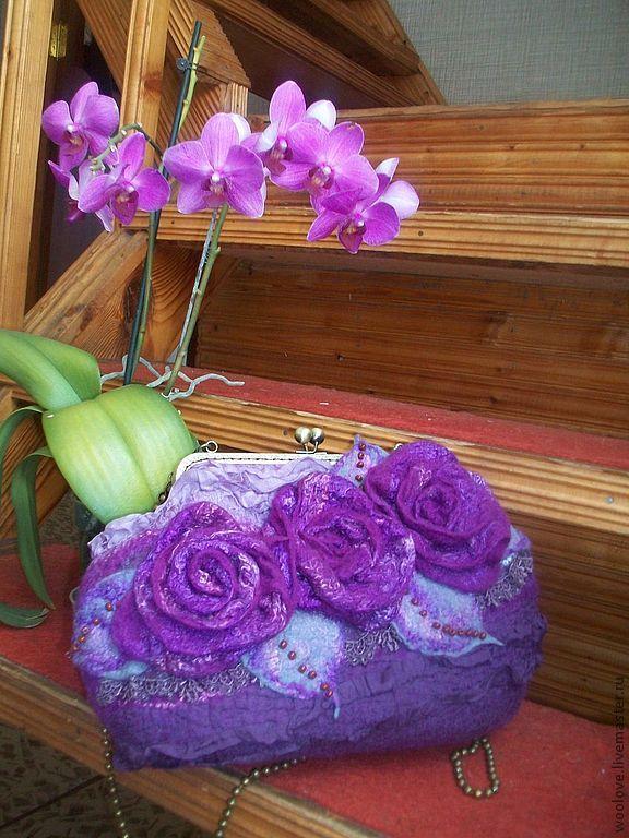 """Купить сумочка """" Розы"""" - тёмно-фиолетовый, однотонный, сумка ручной работы, сумка валяная"""