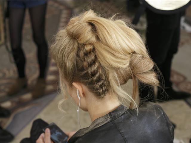 Τα πιο εκκεντρικά μαλλιά στην Εβδομάδα Μόδας του Λονδίνου