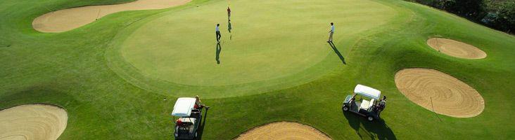 Es wartet ein 27-Loch-Meisterschaftsplatz in Rudersdorf-Loipersdorf auf Sie! #puchasPLUS #thermenhotel #golf #spaß #sport #thermenregion ⛳