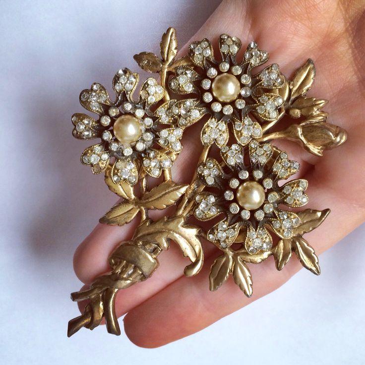 1940 . Antique brooch . Брошь
