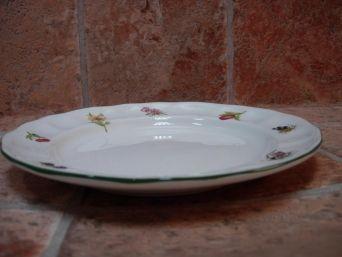 Platos llanos vajilla San Claudio modelo Flores y frutas 6 unidades.  sale a 7.50 el plato  !!!!!!!!!!!!!!!!!!!!!!!!!!!!