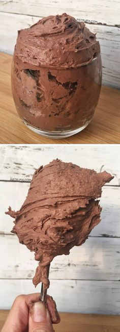 Easy mousse recipe using just 2 simple ingredients! Make it in any flavor that you would like (chocolate, lemon, cookies n' cream), it's so rich and delicious! It's the easiest, quickest dessert you will ever make. Also good as a pie filling, icing on a cake, or as a dip for fruit and cookies. Instrupix.com
