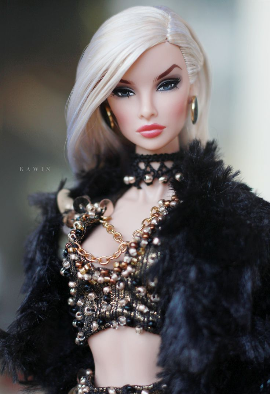https://flic.kr/p/PiPP9G | Contrasting Proposition Natalia Fashion Royalty