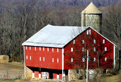 8 best images about barns barns barns on pinterest for American building styles