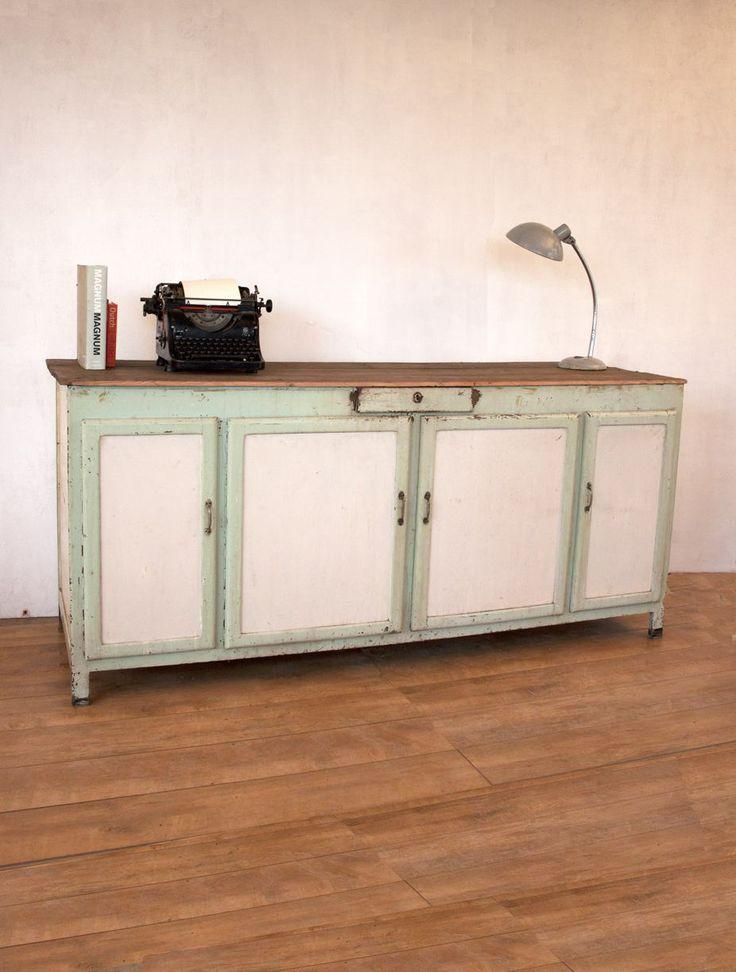 78 idee n over oude dressoirs op pinterest oud huis versieren huis decoraties en upcyclebare - Oude meubilair dressoir ...