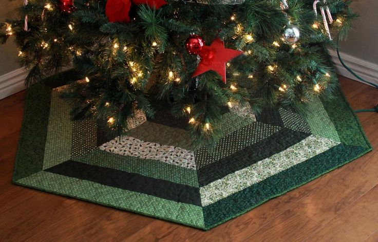 Holly Jolly Christmas Tree Skirt Pattern Christmas Tree