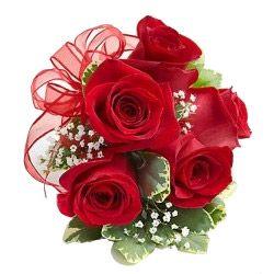 Send Flowers Bouquet in Chennai Online http://www.slideshare.net/myflowertreein/send-flowers-online-to-chennai-45113027