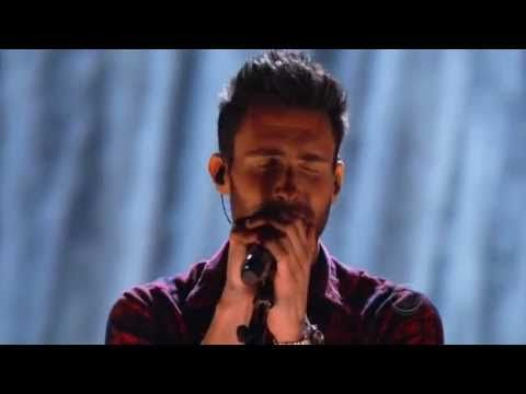 Maroon 5 -  Out of Goodbyes (Live)