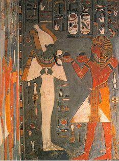 König Haremhab vor Osiris, Vorkammer seines Grabes - Bildquelle: Tal der Könige von Erik Hornung