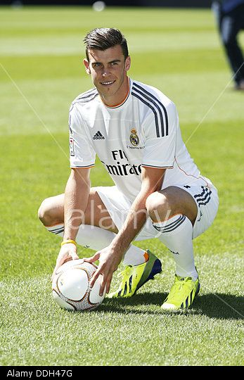 Madrid, Spain. 2nd Sep, 2013. Real Madrid's new signing player Gareth Bale during his presentation at Estadio Santiago Bernabeu in Madrid, Spain. © AFLO/Alamy Live News