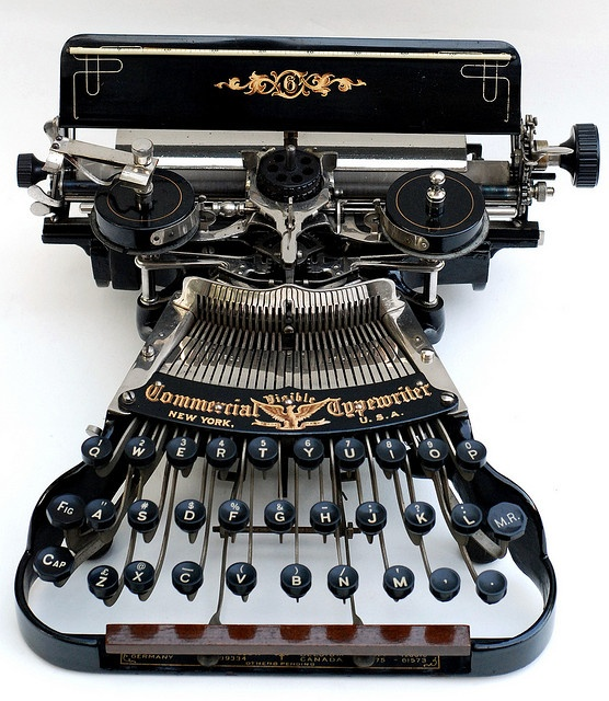 Commercial Visible 6 typewriter - 1898, www.antiquetypewriters.com by antique typewriters