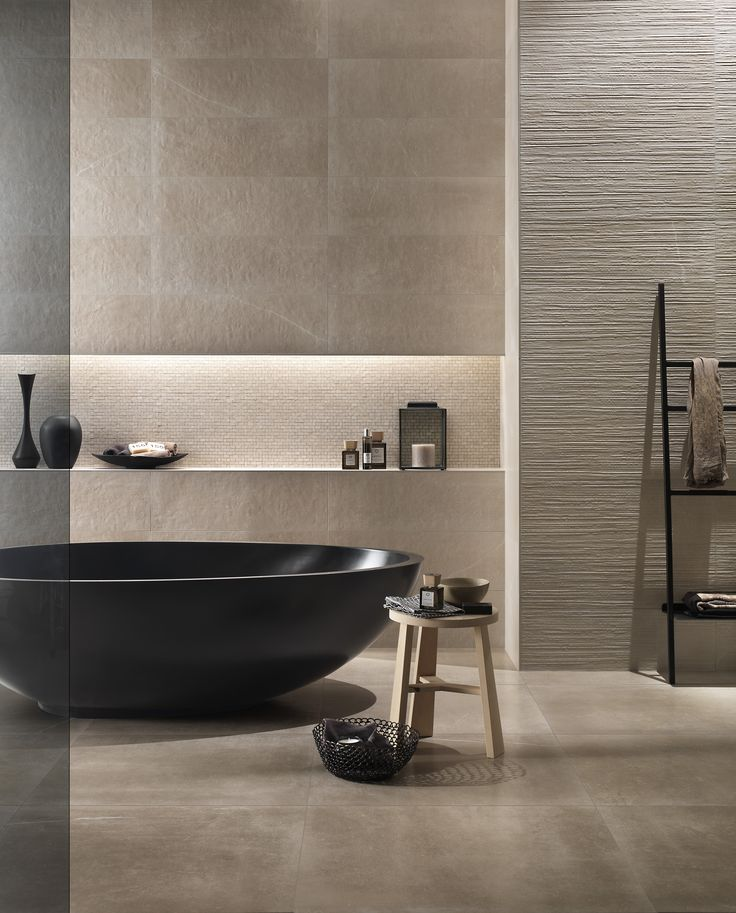 So glad to show the beautiful pic of our ‪#‎Vov‬ black bathtub choosen by Fap ceramiche for a shooting of their ‪#‎ceramic‬ collections!  #bathdesign #bathroom #MastellaDesign #bathtub #black