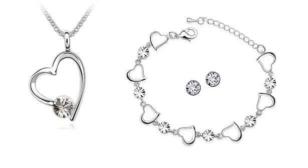 Gorgeous Valentine's gift! 84% off necklace, bracelet and earring set adorned with sparkling Swarovski Elements crystals.
