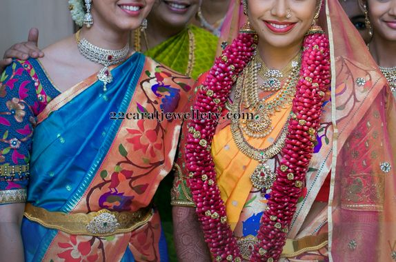 Jewellery Designs: Bride in Royal Traditional Jewelry