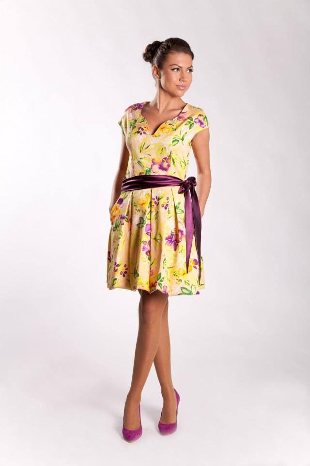 Cod: R2S14 Rochie din bumbac cu elemente Swarovski. Cotton dress with Swarovski elements. Model: Madalina Buftea Pantofi/Shoes: I Do shoes © Copyright - All Rights Reserved Moenra