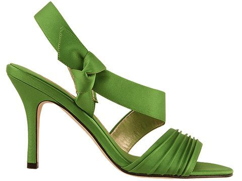 Nina Vitonia in Apple Green. I would like these but can't seem to find any. :(