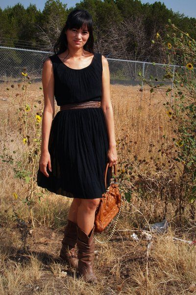 dresses with boots pictures | no tag dress - Steve Madden boots - purse - Target belt