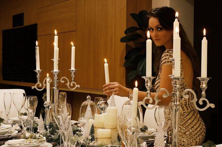 """55 kedvelés, 7 hozzászólás – Brigitte (@brigitte.blog) Instagram-hozzászólása: """"Preparing for the family Christmas dinner ✨🕯#lastnight #tbw #familydinner #home #homedecor…"""""""