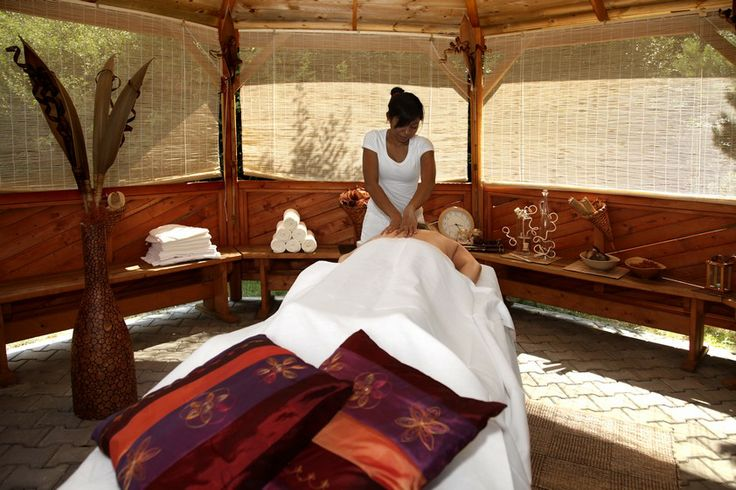 Relax in wellness and saun with Bali massage, Hotel Kaskady  #luxury #wellness  #hotel #kaskady #relax #spa #saun #Bali #massage
