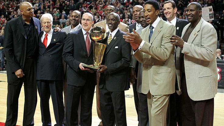 Title-winning Bulls assistant Johnny Bach dies at age 91