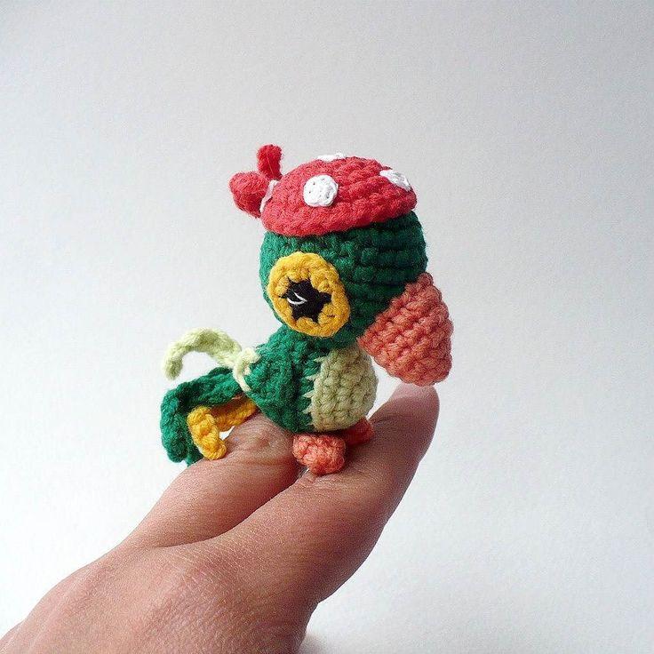 snowfairy_crochet Возникла у меня идея сделать  описание этого попугайчика на RU и EN. Нравится ли он вам? Хотели бы такого связать? Would you like a free patten of the parrot ? #snowfairy_crochet #amigurumi #crochet #crocheting #crochetlove #toy #toys #crochettoy #crochettoys #амигуруми #крючком #вязаныеигрушки #игрушкикрючком #вяжутнетолькобабушки #назаказ #вязание #weamiguru #длядетей #подарок #игрушки #ilovecrochet #instacrochet #вяжу #i_lovecrochet  #parrot #crochetparrot #попугай