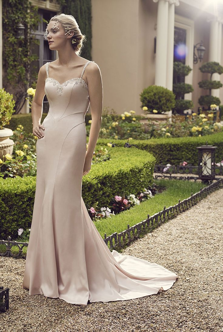 Bridal water lily 2226 wedding dresses photos brides com - Casablanca Bridal Primrose Primrose Is A Modern Fit N Flare Gown With