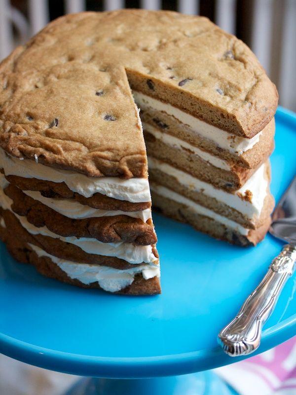 Layered cookie cake