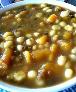 Catemak jagung adalah hidangan penutup dengan rasa khas asin yang berasal dari Nusa Tenggara Timur. Kita coba buat dirumah yuk PG'ers. Caranya sangat gampang dan cepat.
