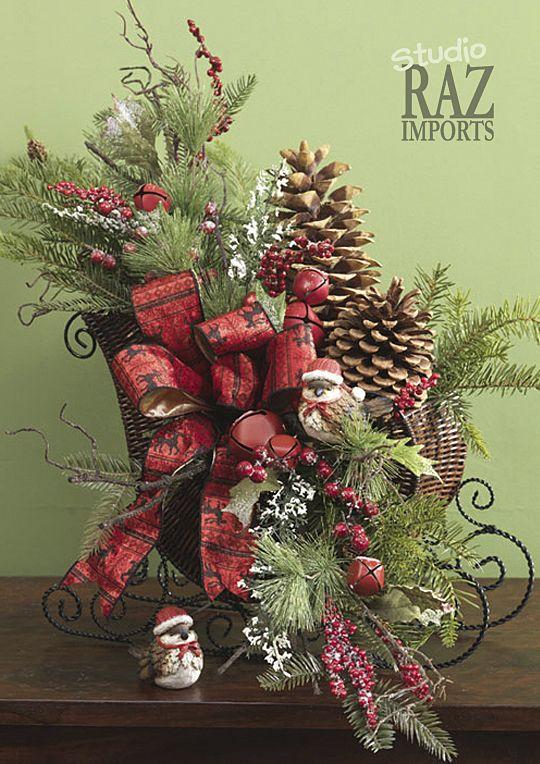 Sleigh arrangement. Christmas centerpiece and decorating ideas.