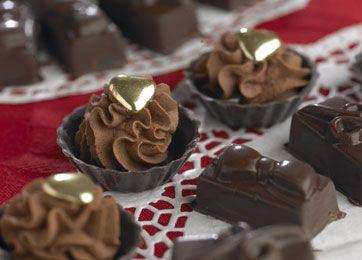 Skaller med estragontrøffel og støbte chokolader med irsk kaffecreme