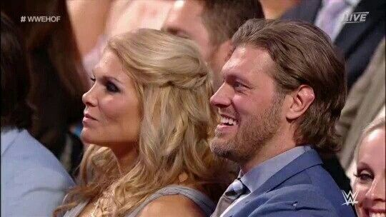 When did beth phoenix start dating edge