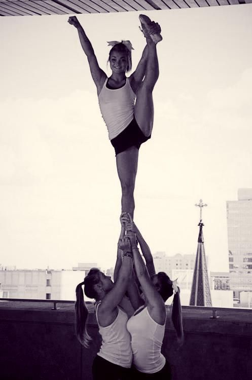 Amazing cheer stunt you should try
