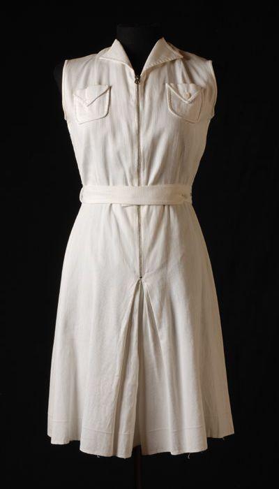 Tennisjurk | tennis dress, 1937, katoen | cotton, Museum Rotterdam. #modemuze #museumrotterdam #white