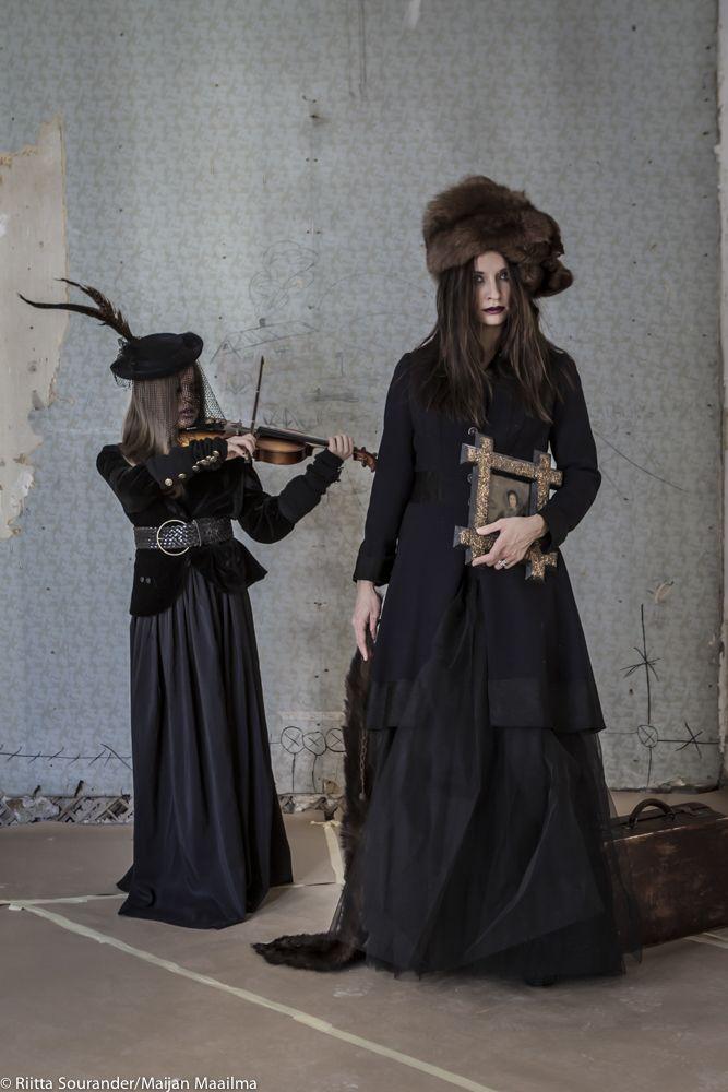 http://maijanmaailma.fi/meidan-asunnossa-kummittelee/