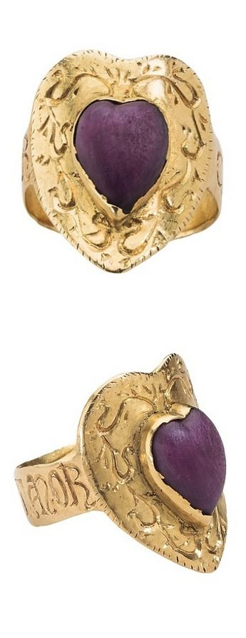 "Early Renaissance Gothic style Love Ring ""Corte Porta Amor"" 14th century Italian. Gold and cabochon Ruby heart. ruby"