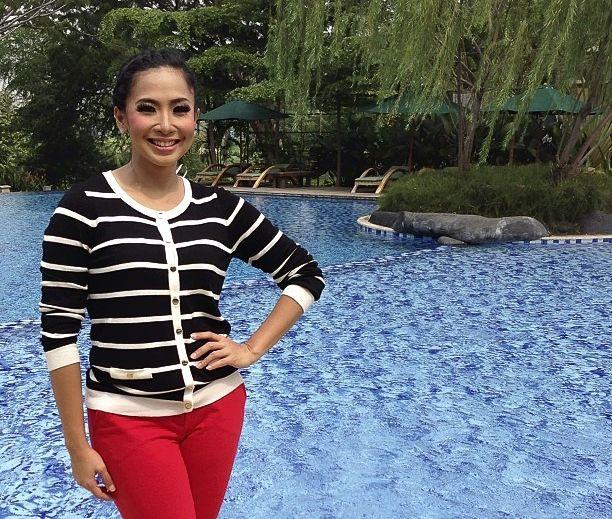 Feni Rose, Bangkitkan Stamina Saat Drop Dengan Madu Kurma http://jitunews.com/read/20109/feni-rose-bangkitkan-stamina-saat-drop-dengan-madu-kurma #Jitunews